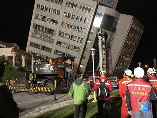 中国台湾花莲地震:尚未发现越南公民在地震中遇难 hinh anh 1