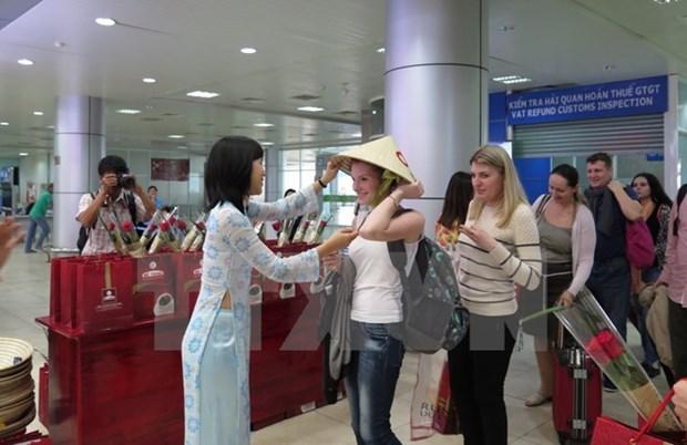 2017年接待外国游客量是越南旅游业前所未有的发展奇迹 hinh anh 1