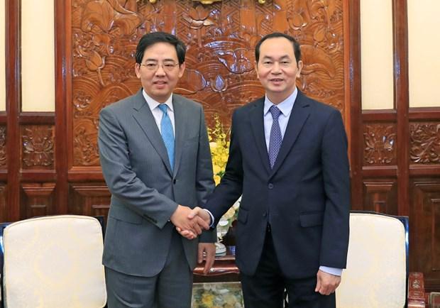 陈大光主席会见前来辞行拜会的中国驻越大使洪小勇 hinh anh 1