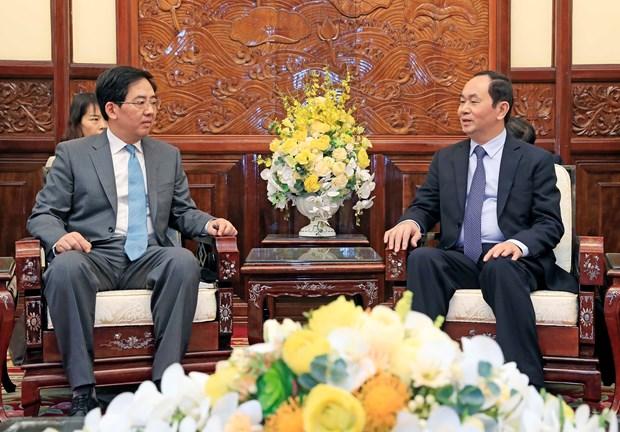 陈大光主席会见前来辞行拜会的中国驻越大使洪小勇 hinh anh 2