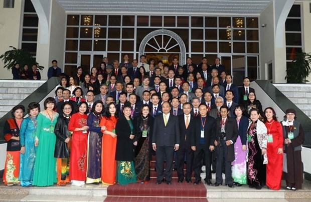 阮春福总理:侨胞们同政府和全民一道努力 建设日益繁荣发展的国家 hinh anh 1