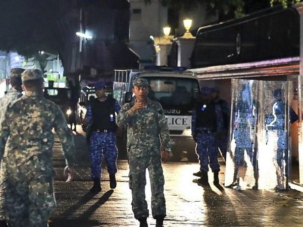 越南外交部提醒越南公民勿前往马尔代夫 hinh anh 1