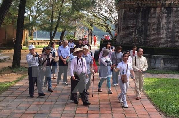 2017年接待外国游客量是越南旅游业前所未有的发展奇迹 hinh anh 2