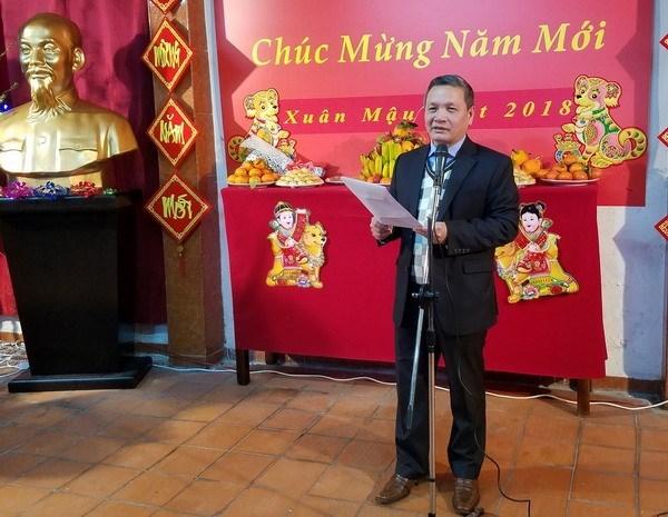越南驻阿尔及利亚大使馆愿充当越侨与国内的桥梁 hinh anh 2