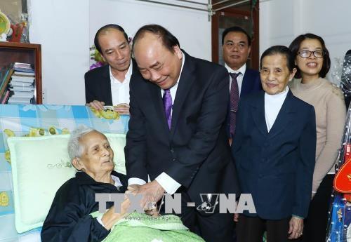 阮春福总理向得乐省少数民族同胞拜年 hinh anh 1