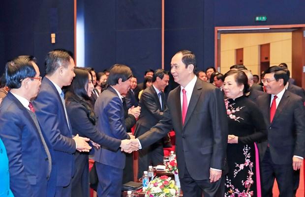 越南侨胞回国过年 感受祖国的温暖 hinh anh 2