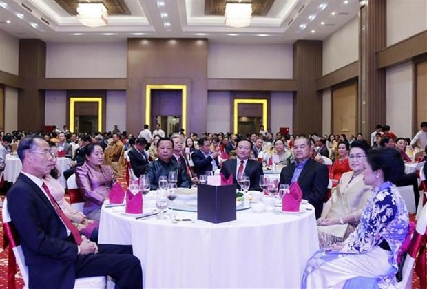 越南驻老挝大使馆举行2018年春节招待会 hinh anh 2