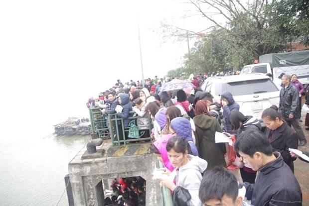 河内市举行规模巨大的放生仪式 鱼量超过五吨 hinh anh 2