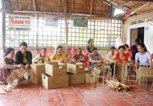 芹苴市为高棉族同胞提供职业培训 创造就业机会 hinh anh 1