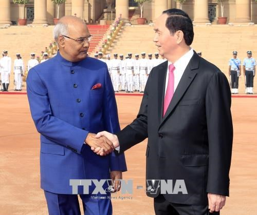 越南国家主席陈大光会见印度总统科温德 hinh anh 1