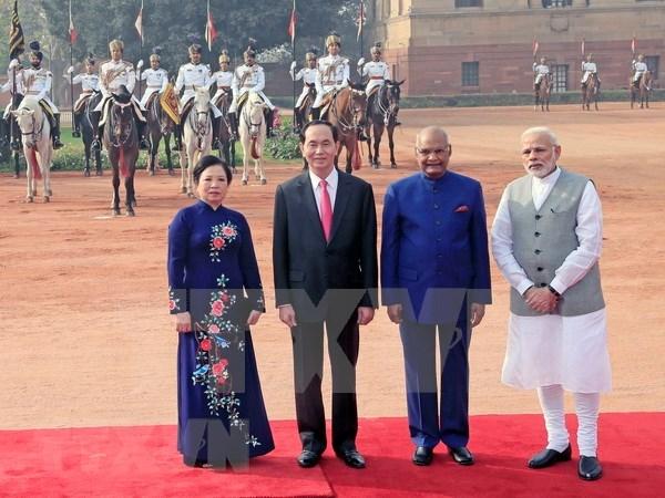 越南印度发表联合声明 强调加强各领域的合作 hinh anh 1