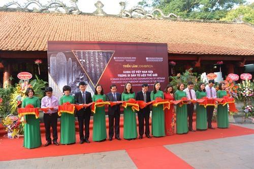"""""""在世界记忆遗产名录中的越南古代科举制度""""展览会在河内举行 hinh anh 1"""
