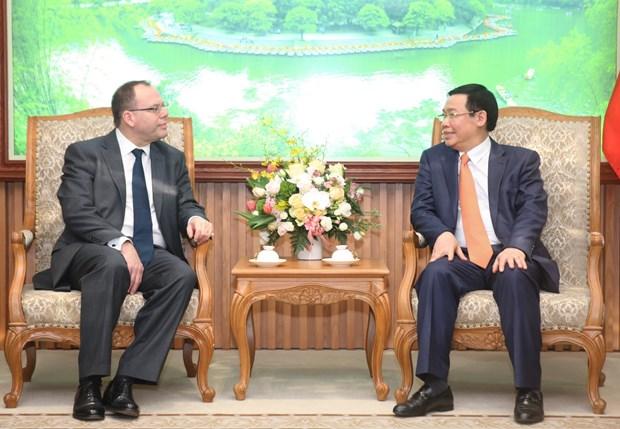 王廷惠副总理:希望保诚继续投资越南政府债券 hinh anh 1