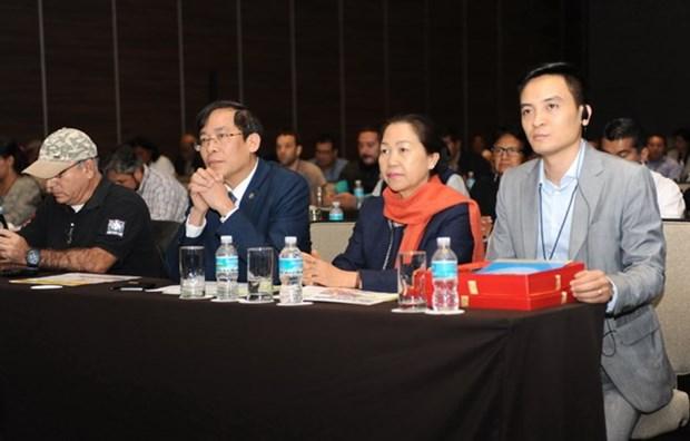 越南出席在墨西哥举行的教育工会国际第18届代表大会 hinh anh 1