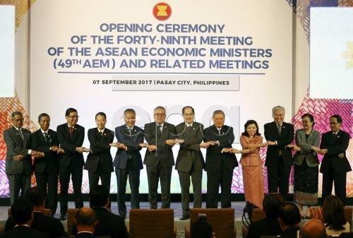 新加坡:地区各国下决心今年底完成RCEP谈判 hinh anh 1