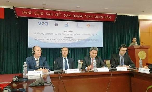 越南努力援助企业在国外保护知识产权 hinh anh 1