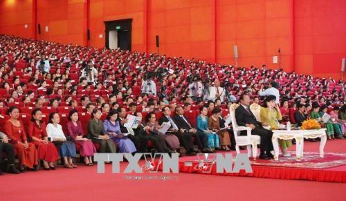 三八妇女节庆祝活动在柬埔寨纷纷举行 hinh anh 1