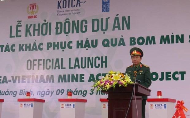 越南与韩国为处理战后遗留炸弹地雷后果加强合作 hinh anh 2