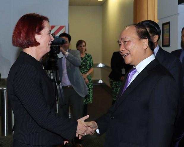 越南政府总理阮春福抵达奥克兰 开始访问新西兰 hinh anh 1