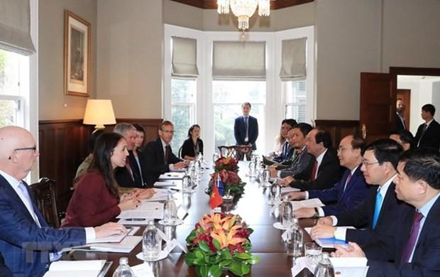 越南政府总理阮春福与新西兰总理杰辛达•阿德恩举行会谈 hinh anh 1