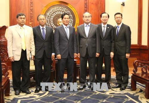 胡志明市计划与金边开展许多合作项目 hinh anh 2
