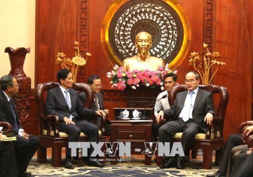 胡志明市计划与金边开展许多合作项目 hinh anh 1