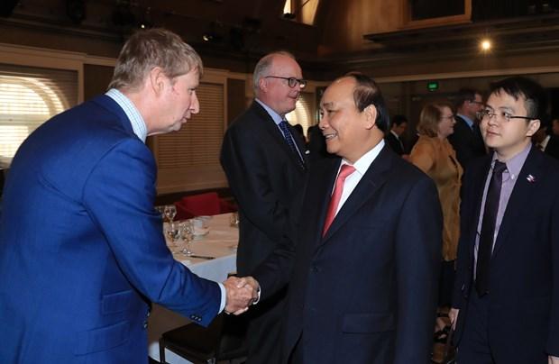 阮春福与澳大利亚企业代表会面 hinh anh 2