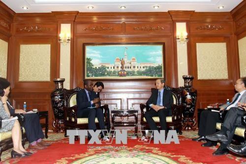 胡志明市希望加强与法语国家国际组织的合作 hinh anh 1