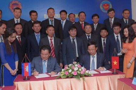 越南与柬埔寨海关加强合作 hinh anh 1
