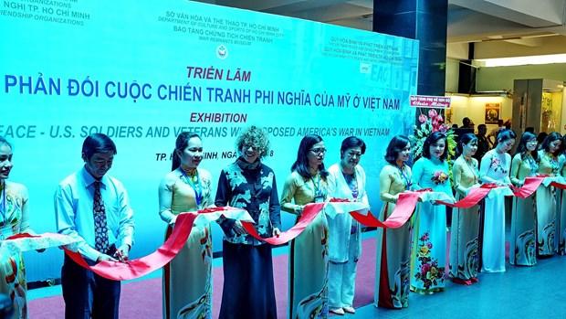 """""""反对美国对越发起非正义战争的浪潮""""展览会在胡志明市开展 hinh anh 1"""