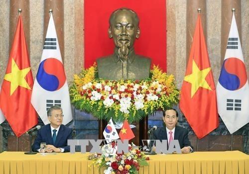 越南与韩国发表联合声明 hinh anh 2