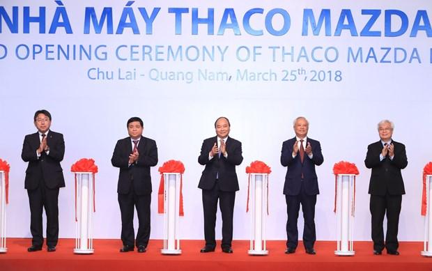政府总理阮春福出席Thaco Mazda 汽车制造厂落成仪式 hinh anh 1