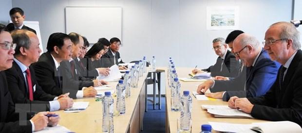 """越南加强与欧盟沟通 促进欧盟取消对越南渔业出示的""""黄牌""""警告 hinh anh 1"""
