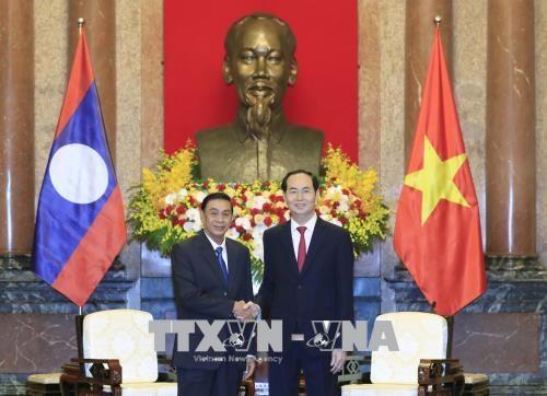 越南国家主席陈大光会见老挝国家主席办公厅主任坎蒙• 蓬塔迪 hinh anh 1