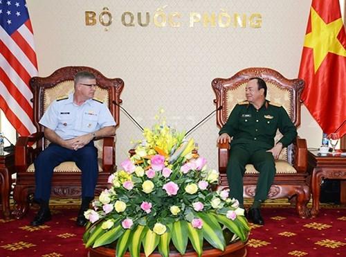 越南与中美两国加强防务合作 hinh anh 2
