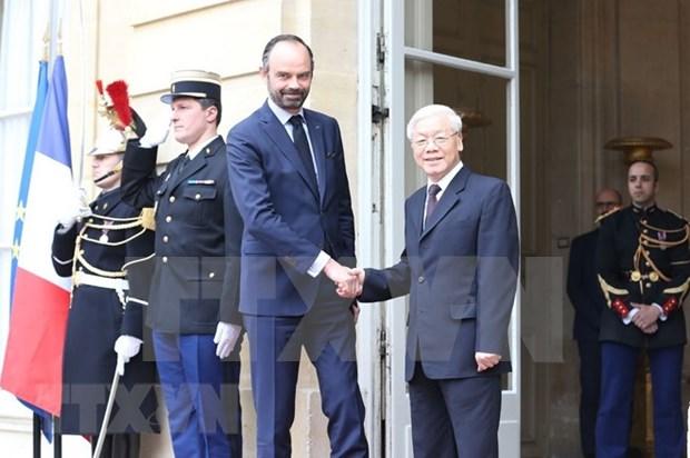 越共中央总书记阮富仲会见法国总理爱德华·菲利普 hinh anh 1