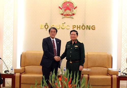 加强越南与日本、蒙古和墨西哥的防务合作 hinh anh 1
