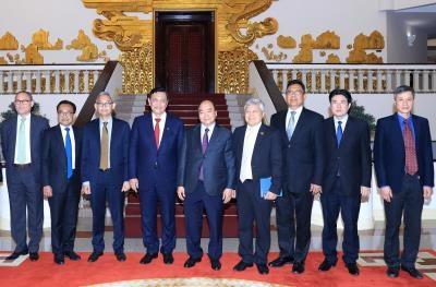 阮春福总理会见印尼海洋统筹部长卢胡特 hinh anh 1
