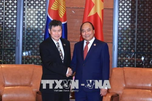 GMS6 和CLV10会议: 政府总理阮春福会见东盟秘书长 hinh anh 1
