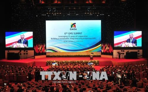 越南政府总理阮春福在大湄公河次区域合作第六次领导人会议上发表重要讲话 hinh anh 1