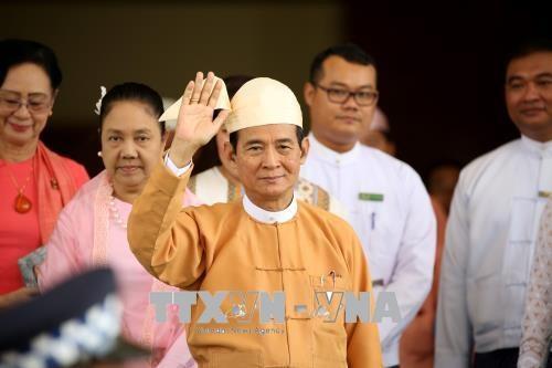 缅甸新任总统吴温敏公布三大优先目标 hinh anh 1