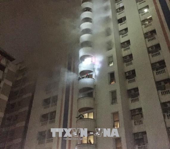泰国曼谷一公寓失火 尽快搜救越南公民 hinh anh 1