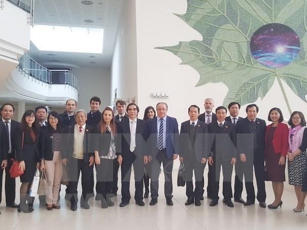 越南计划与投资部和国会法律委员会代表团对土耳其进行工作访问 hinh anh 2
