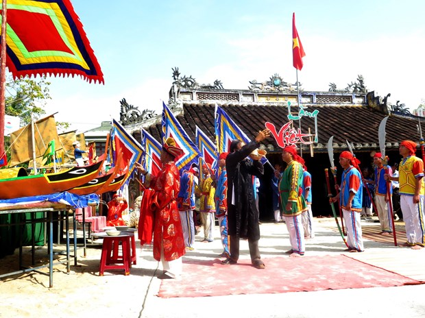 2018年黄沙兵替身祭礼在广义省李山岛县举行 hinh anh 1