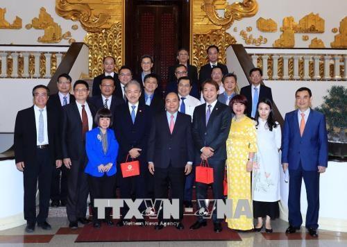 政府总理阮春福:越南将为新加坡企业的投资经营活动提供便利 hinh anh 1