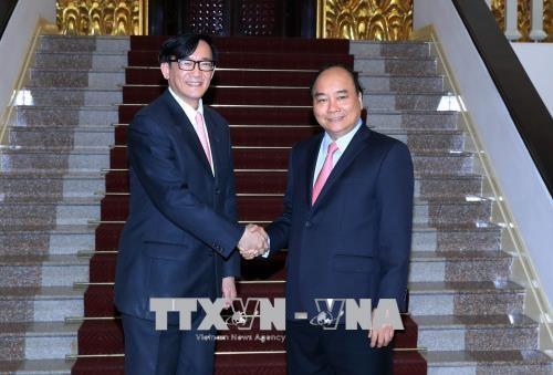 越南政府总理阮春福会见泰国驻越大使马诺斋•旺帕迪 hinh anh 1