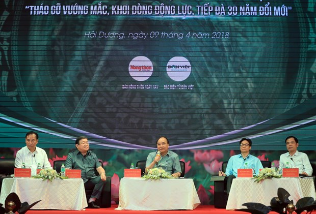 越南政府总理阮春福:为农民致富和国家建设创造便利条件 hinh anh 1