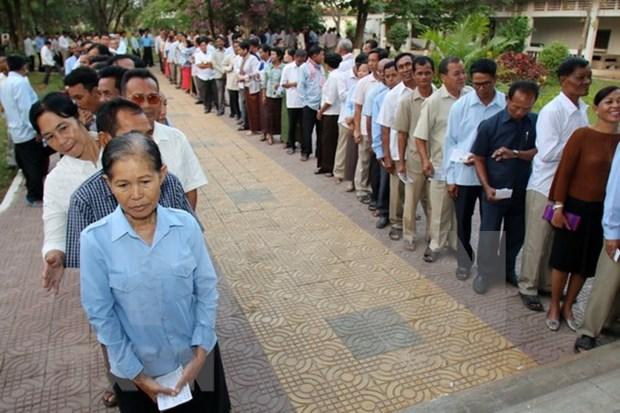 柬埔寨国家委员会要求呼吁人民抵制投票的人须立即停止这种违法行动 hinh anh 1