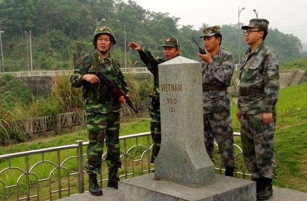 越南老街省与中国边防部队联合举行双边巡逻活动 hinh anh 2
