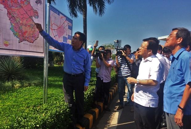 政府副总理郑廷勇:2021年前需要完成龙城机场征地拆迁工作 hinh anh 1